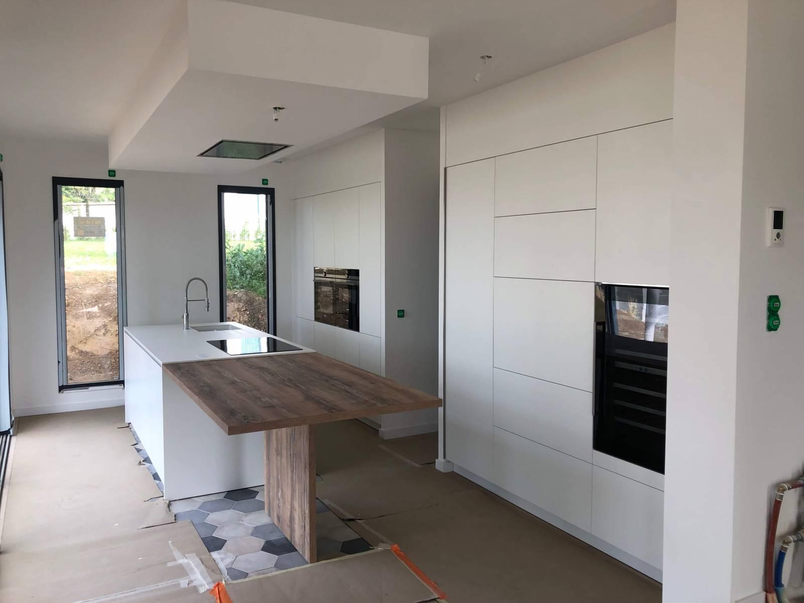 Création d\'un espace cuisine ouverte moderne à Saint Cyr au ...