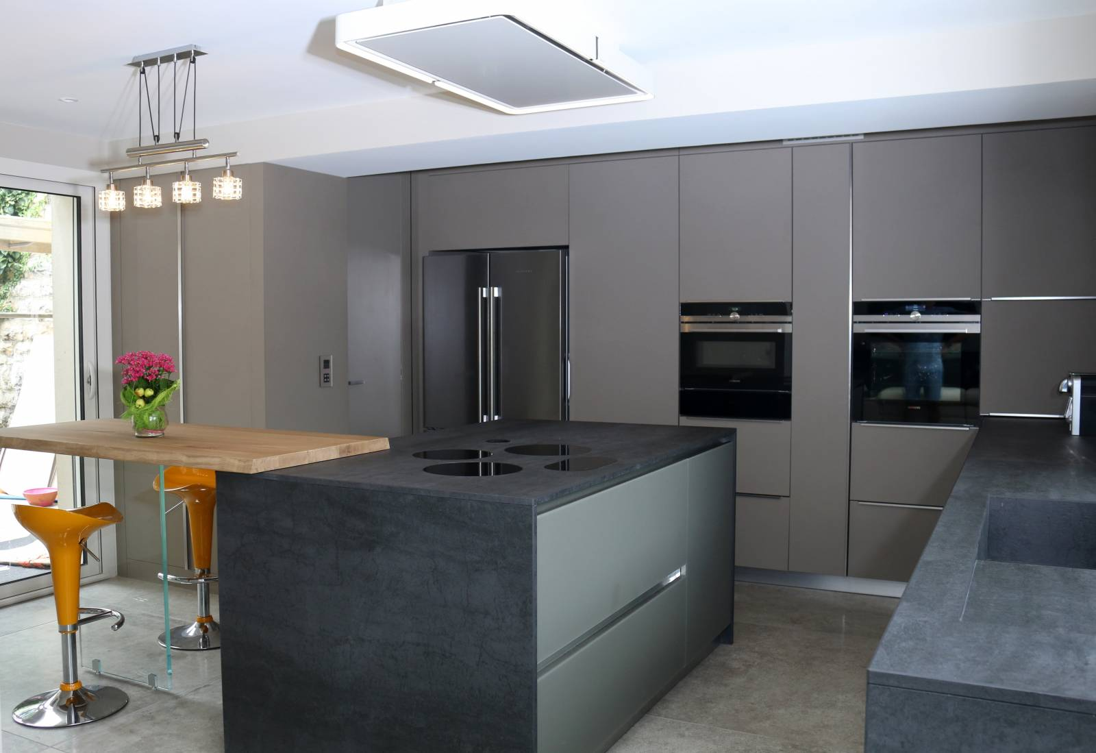 Ilot Central Avec Plaque De Cuisson création d'une cuisine ouverte avec îlot central à st pierre